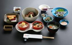 lunch-01.jpg